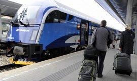 Railjet Českých drah na vídeňském Hlavním nádraží