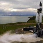 Raketa překonala hranici vesmíru, dosáhnout stanovené oběžné dráhy kolem Země se jí ale nepodařilo.