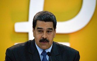 Venezuelský prezident Nicolás Maduro představuje kryptoměnu petro