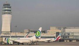 Letiště ve středu Evropy investují stovky miliard. Praha chytá konec provazu