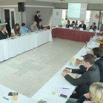 Účastníci konference pořádané Ministerstvem průmyslu a obchodu a Ekonomickým deníkem k definici malého a středního podnikání