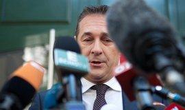 Šéf krajně pravicové FPÖ Hans-Christian Strache