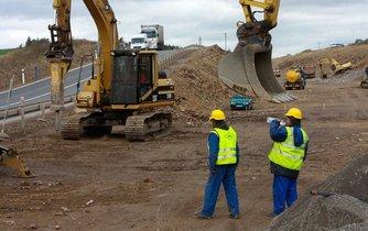 Stavba silnice, ilustrační foto