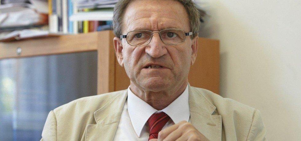 Bývalý ministr dopravy Petr Moos