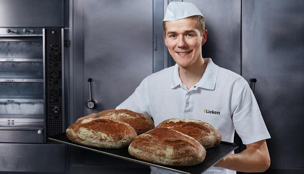 Zaměstnanec pekárny Lieken