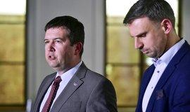 Předseda ČSSD Jan Hamáček a místopředseda strany Jiří Zimola