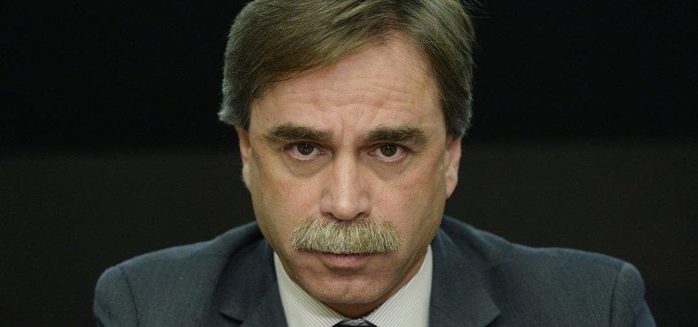 Předsedou rady ERÚ byl zvolen Jan Pokorný