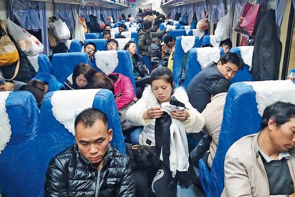 Rychle a spolehlivě. Vyšší druhá třída na frekventované lince Šanghaj–Kuang-čou je často plná