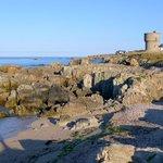 Skalnaté pobřeží západní Francie
