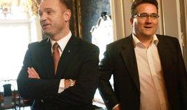 Developer Sebastian Pawlowski (vpravo) na archivním snímku s Ivanem Langerem