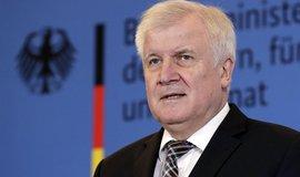 Šéf CSU a německý ministr vnitra Horst Seehofer