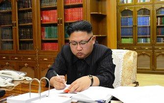 Severokorejský vůdce Kim Čong-un pověřil své hackery novým úkolem