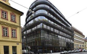 Kancelářská budova Drn na rohu Národní třídy a Mikulandské ulice - ilustrační foto