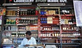 Indický obchod postižený zákazem prodeje alkoholu v blízkosti dálnic, platným od 1. 4. 2017