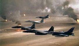 válka a ropa, ilustrační foto: Ceny ropy stoupají kvůli obavám, že intervence Západu v Sýrii by mohla přerůst v rozsáhlejší blízkovýchodní konflikt (Snímek z Války v Perském zálivu)