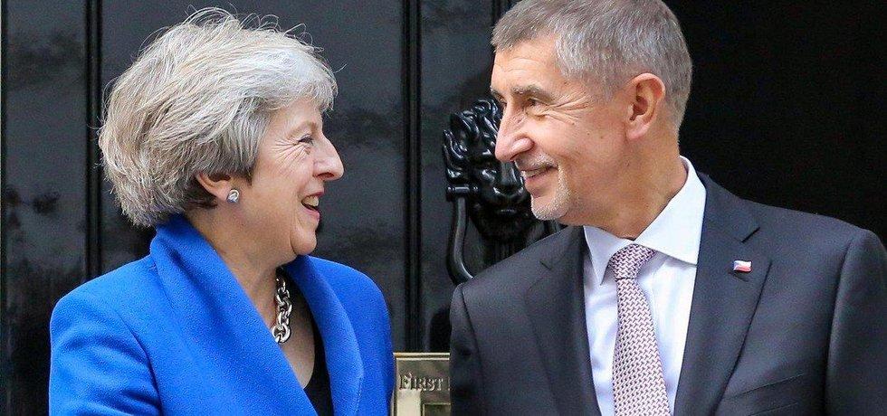 Britská premiérka Theresa Mayová a český premiér Andrej Babiš