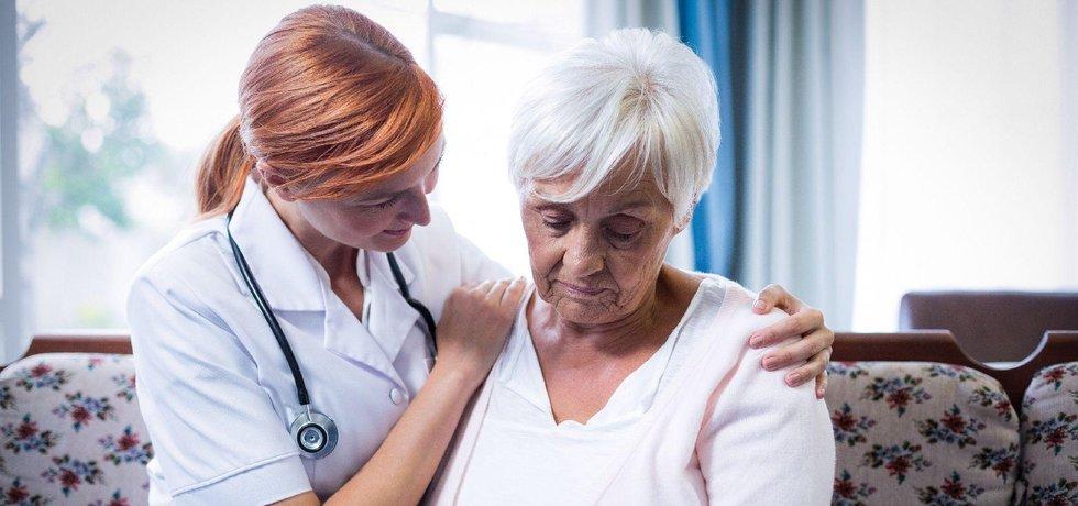 Lékařka u pacienta