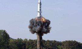 Test rakety středního doletu Pukguksong-2