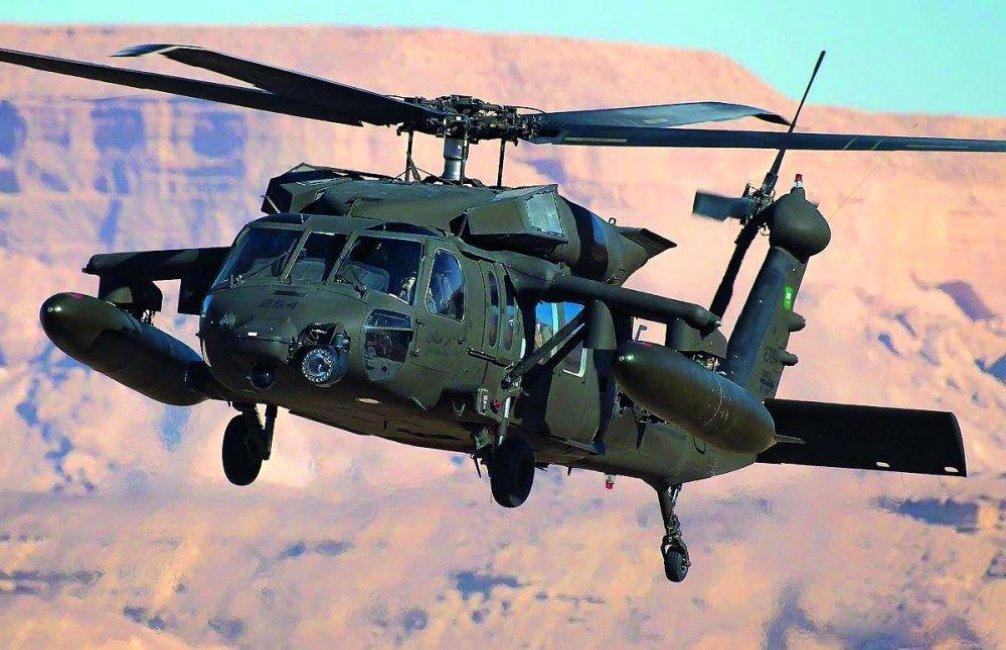 Varianta A: 12 strojů Black Hawk UH-60M s pořizovací cenou 18,4 miliardy korun od amerického výrobce Sikorsky-Lockheed Martin