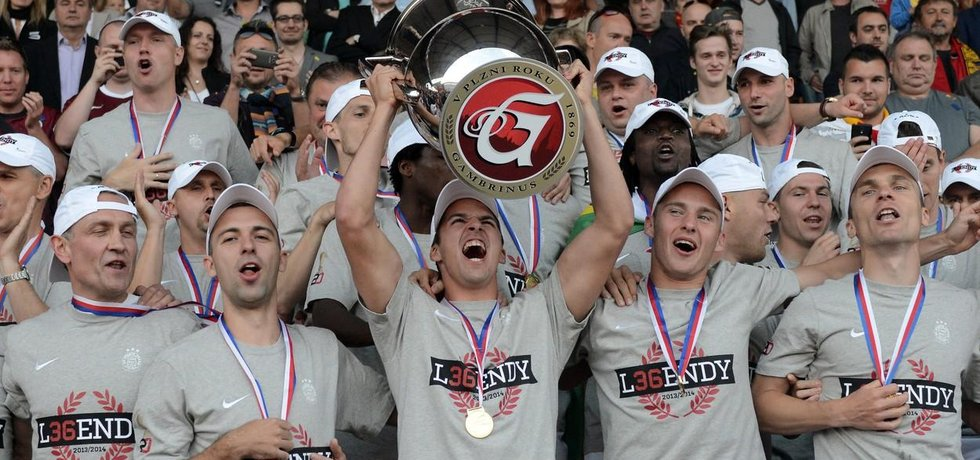 Sparťanští fotbalisté slavili mistrovský titul naposledy v roce 2014. V té době se ještě nejvyšší soutěž jmenovala Gambrinus liga