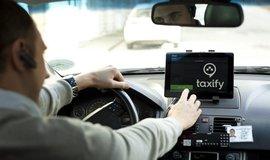 Taxify bude chtít po řidičích licence