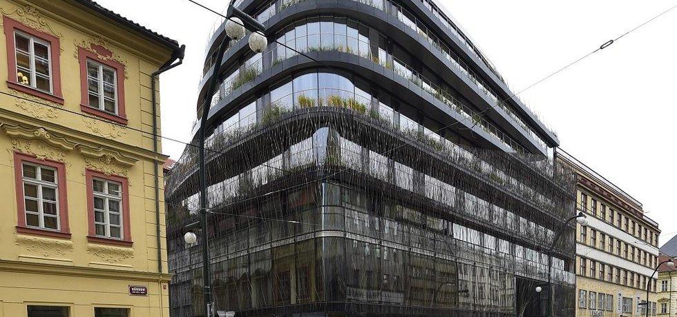 Kancelářská budova Drn na rohu Národní třídy a Mikulandské ulice