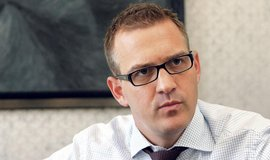 Metro doporučuje akcionářům odmítnout Křetínského nabídku na převzetí. Je prý podhodnocená