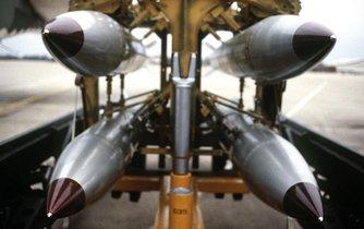 Jaderné pumy B61. Ilustrační foto.