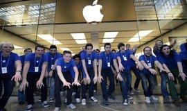 Zaměstnanci Applu (Zdroj: ČTK)
