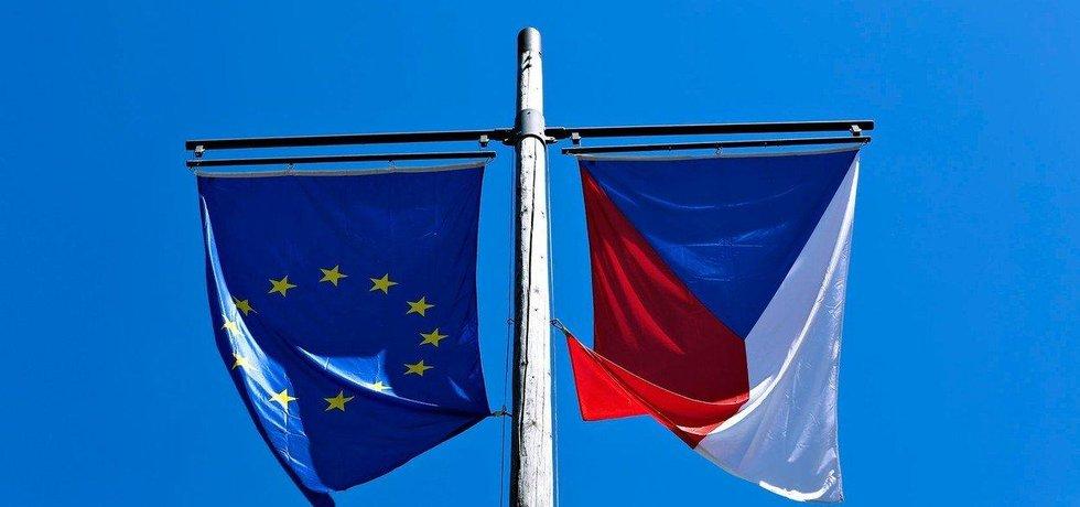 Z Česka by v případě czexitu odešlo 28 procent firem