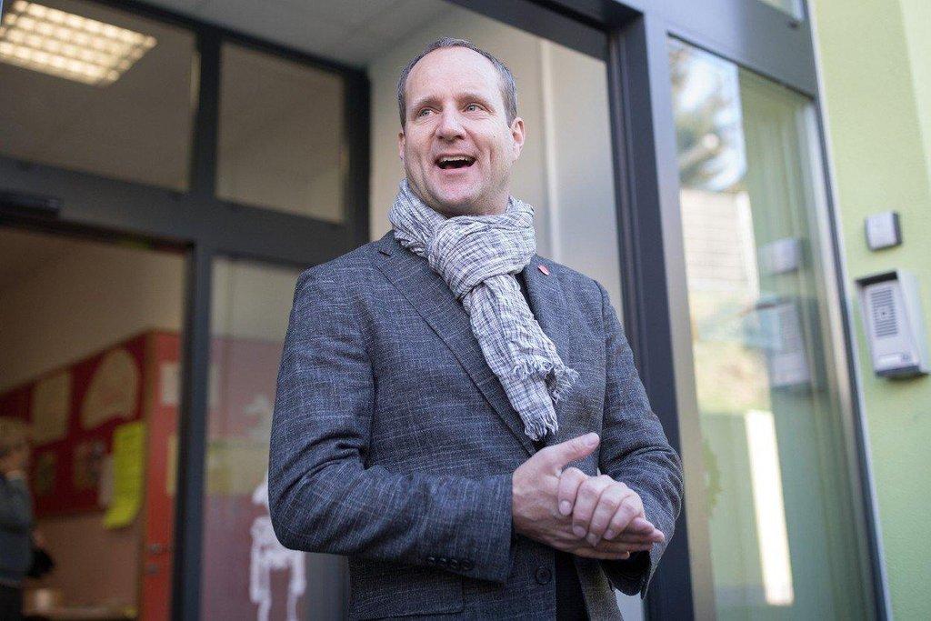 Šéf partaje NEOS Mathias Strolz volil rovněž ve Vídni