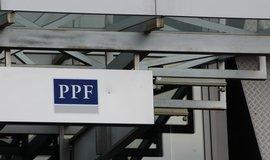 PPF roste. Kellnerově skupině loni stoupl zisk o čtvrtinu na 22,2 miliardy korun