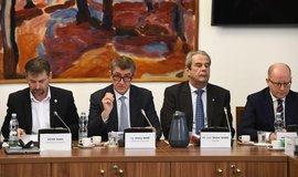 Zasedání bezpečnostního výboru Sněmovny
