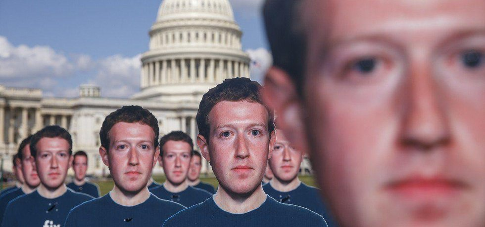 Protest proti firmě Facebook, ilustrační foto
