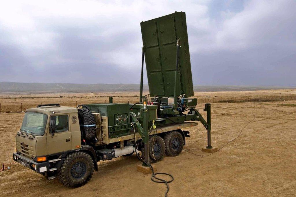 Česká armáda by měla nakoupit mobilní radary MADR za 2,9 miliardy korun. Dodavatelem je kromě Czechoslovak Group i izraelská společnost Elta Systems.