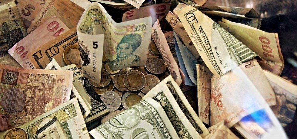 peníze, hotovost, ilustrační foto