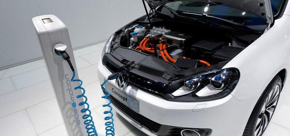 K dispozici je celkem 15 elektromobilů Volkswagen e-Golf