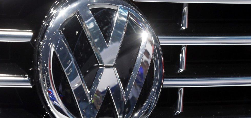 Logo automobilky Volkswagen, ilustrační foto