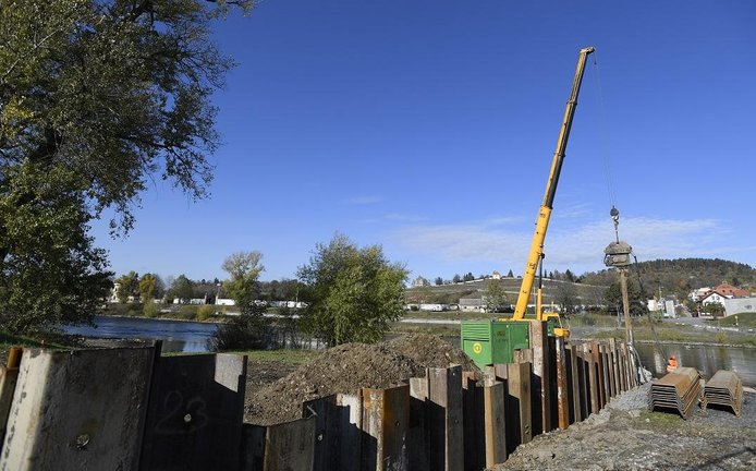V Praze začala stavba nové Trojské lávky