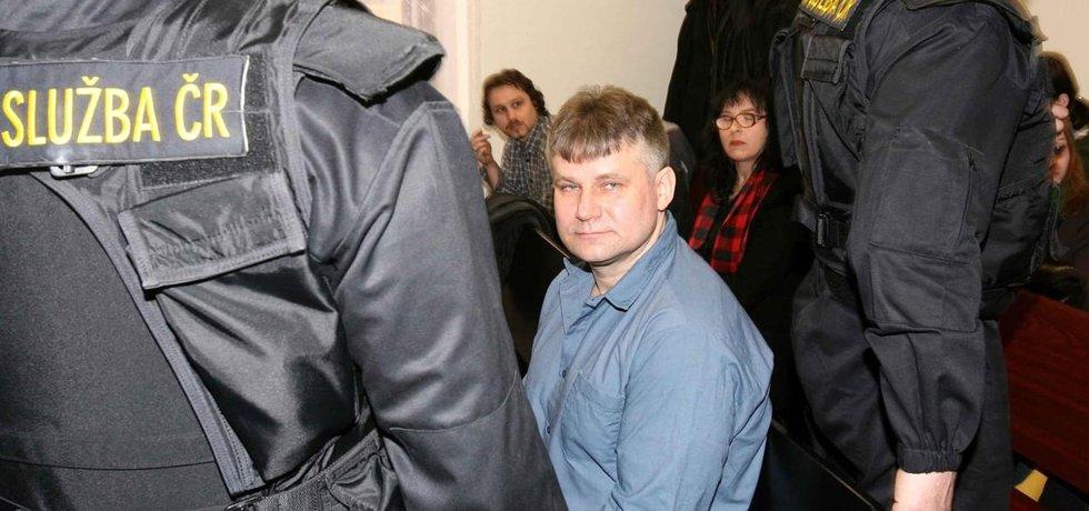 Jiří Kajínek u plzeňského soudu