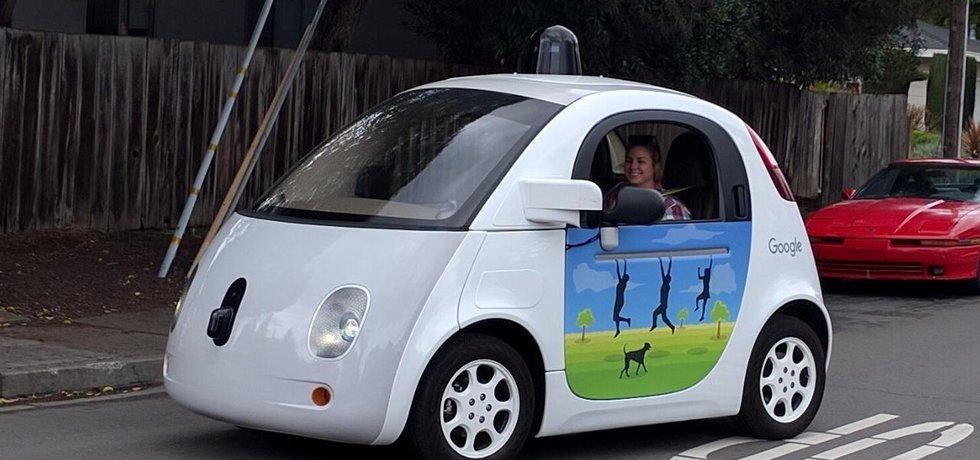 Autonomní vůz Google.