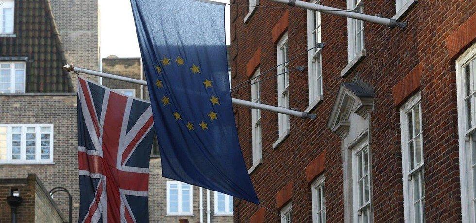 Čas Británie zvrátit rozhodnutí odejít z EU se krátí, ilustrační foto