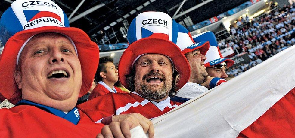 Dobrá zpráva pro fanoušky. Letenky a ubytování v Rusku jsou levnější.