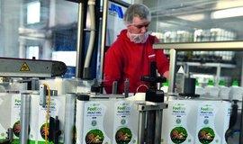 Chemička Fosfa opět vydělává. Zaměřila se na produkty pod svojí značkou
