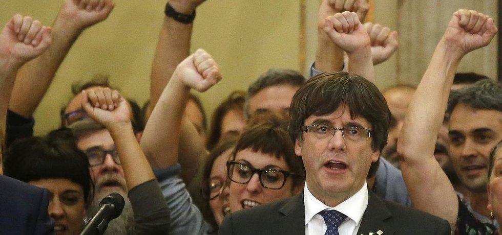 Sesazený katalánský premiér Carles Puigdemont