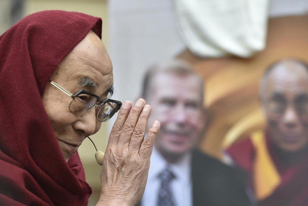 Dalajlama při návštěvě Česka