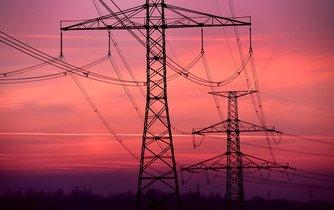 Dráty elektrického vedení (ilustrační foto)