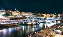 Dunajský kanál v noci, ilustrační foto