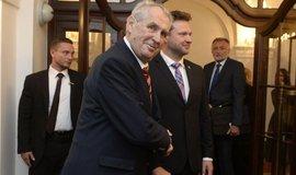 Miloš Zeman při návštěvě Sněmovny