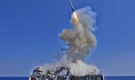 Raketa Tomahawk vypálená z USS Barry (ilustrační foto)
